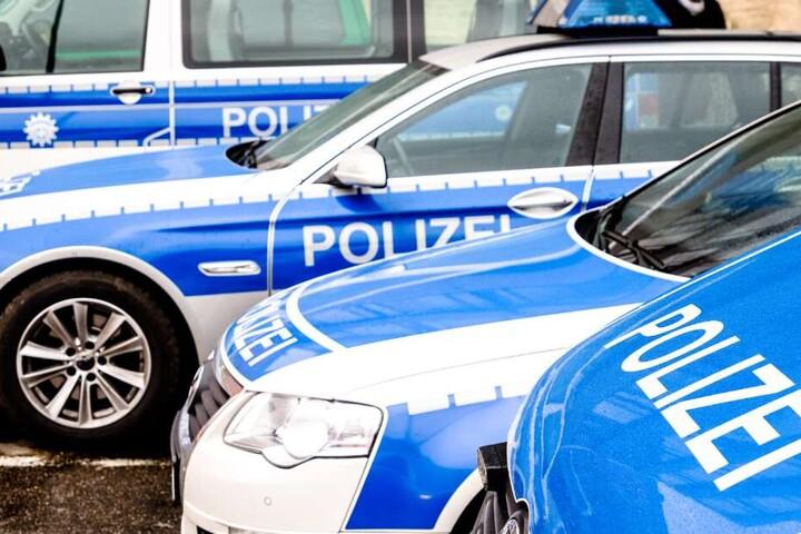 Die Polizei konnte den Raser nicht fassen und brach die Verfolgung ab. (Symbolbild)