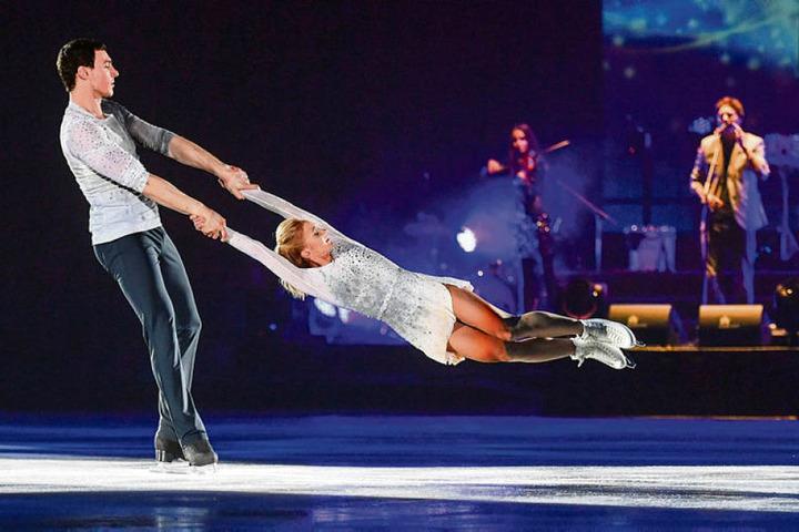 Bruno Massot und Aljona Savchenko im zweiten Teil der Show.