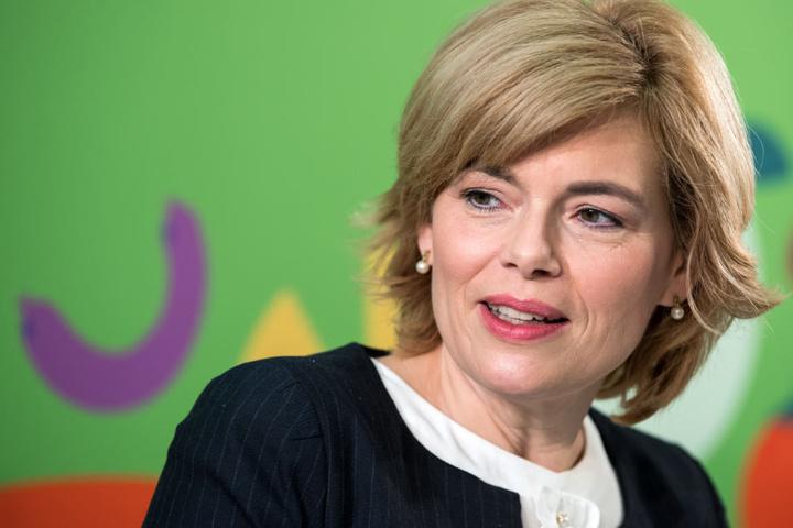 Auch die Bundeslandwirtschaftsministerin Julia Klöckner war einst Weinkönigin.