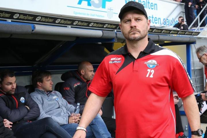 SCP-Coach Steffen Baumgart hat seine Elf auf das entscheidende Spiel gegen die Sachsen eingestellt.