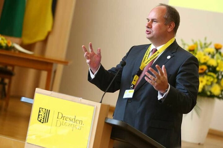 Dresdens Oberbürgermeister Dirk Hilbert (45, FDP).