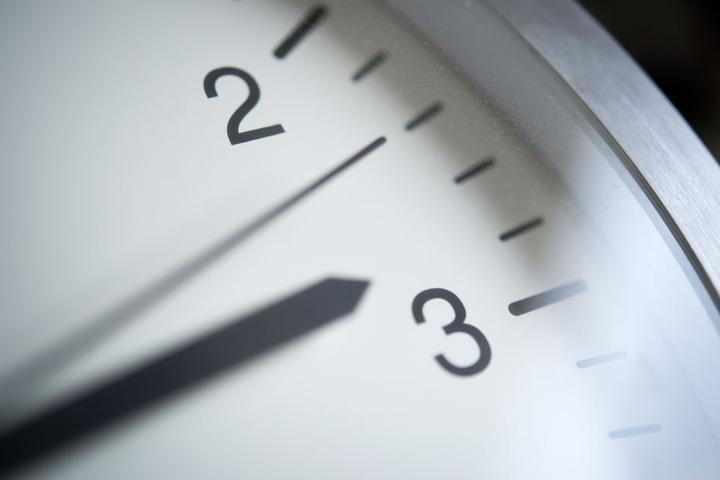 Das Springen zwischen zwei und drei Uhr endet frühestens 2021