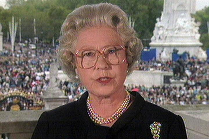 Nach Dianas Tod wandte sich Elizabeth II. mit einer denkwürdigen TV-Ansprache  ans Volk.