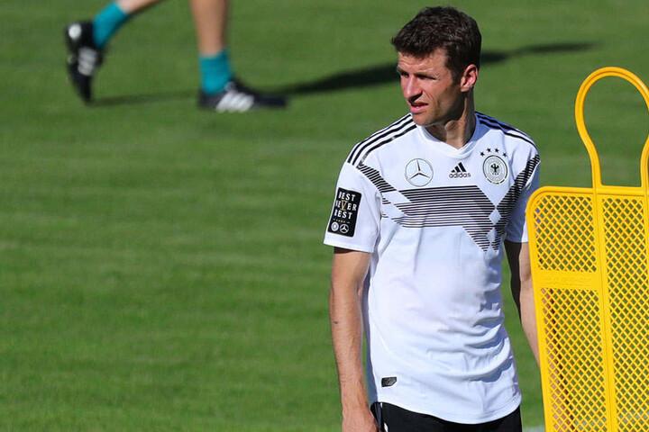 Vorher möchte Thomas Müller (rechts) mit der Nationalelf bei der WM 2018 in Russland brillieren.