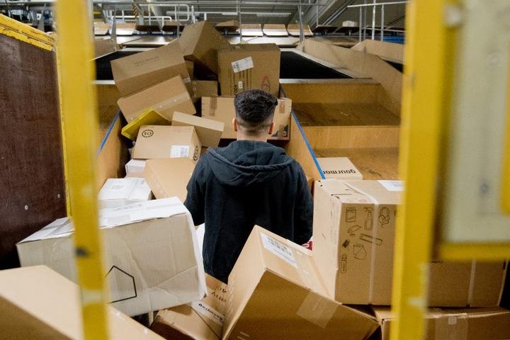 500.000 Pakete erreichten das Post-Zentrum an nur einem Tag.