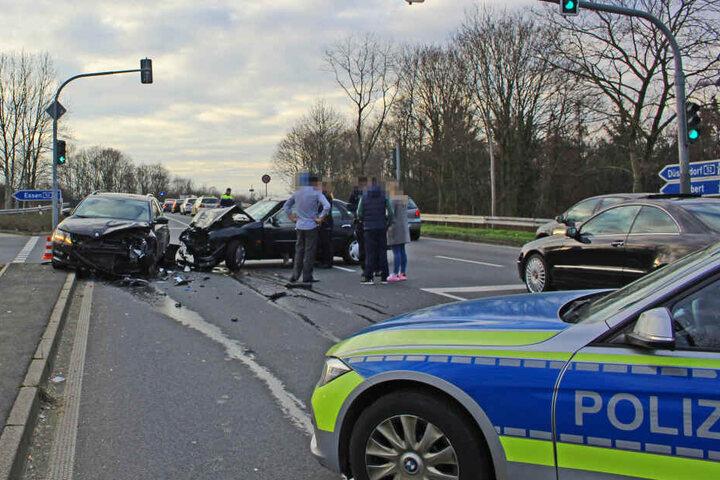 Der Unfall geschah nahe einer Autobahnauffahrt in Ratingen.