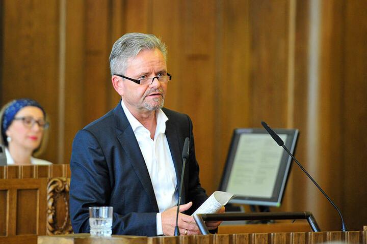 Fraktions-Chef Tino Fritzsche (57, CDU) will das wieder ändern.