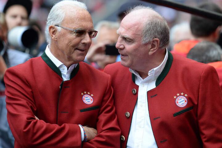 Franz Beckenbauer (l.) hat Jürgen Klopp in den höchsten Tönen gelobt.