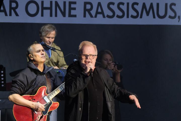 """Herbert Grönemeyer tritt beim Konzert """"Kosmos Chemnitz - Wir bleiben mehr"""" auf."""