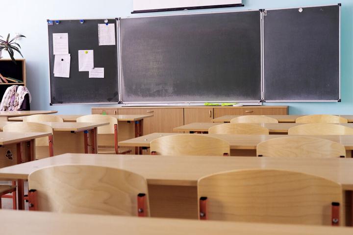 Donnerstag und Freitag fällt der Unterricht und die Betreuung an der Ludwig-Richter-Grundschule in Hilbersdorf aus. (Symbolbild)