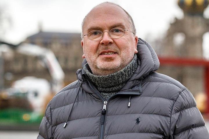 """Achmed Neef (52), Raumausstatter-Meister aus Zwickau: """"Ich mache mir nie irgendwelche festen Vorsätze fürs neue Jahr. Wenn ich etwas möchte, versuche ich es so umzusetzen. 2018 will ich mehr Fahrrad fahren, um nach einem Unfall meine Muskulatur zu stärken"""