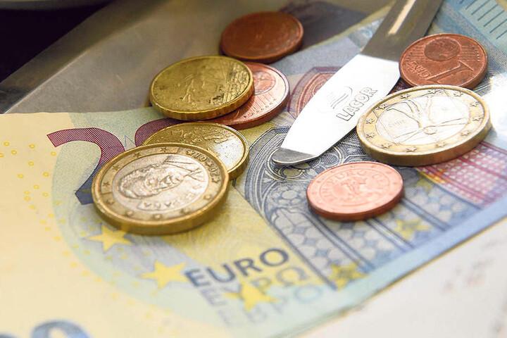 Trinkgeld gehört zum guten Ton. Zehn Prozent der Gesamtrechnung zählen in  Deutschland als angemessen.