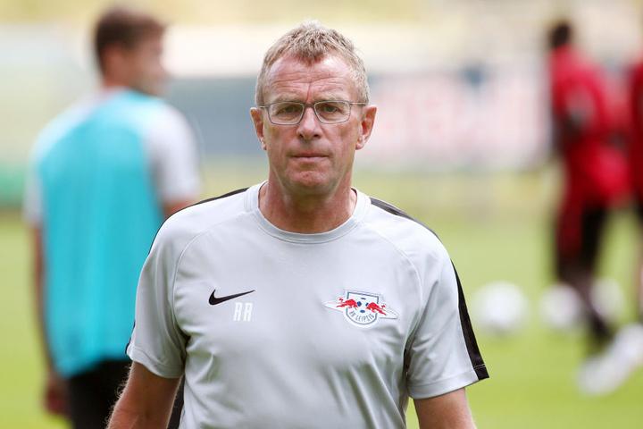 Hat sich in der T-Frage festgelegt: Trainer und Sportdirektor in Personalunion Ralf Rangnick (60).