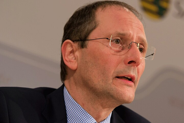 Innenminister Markus Ulbig (52, CDU)