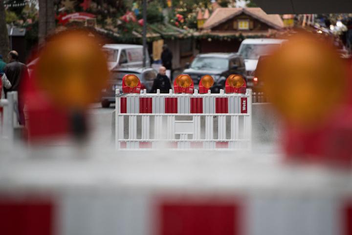 Absperrungen am Weihnachtsmarktgelände in Stuttgart. (Archivbild)