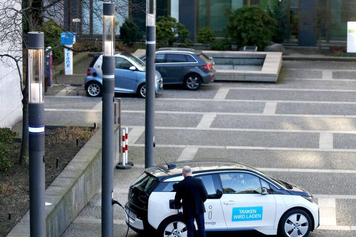 Ein reines Elektrofahrzeug wird bei der NRW-Landesregierung nicht genutzt.