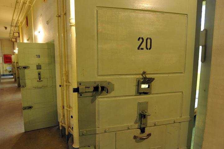 Die drei Jugendlichen saßen im Stasi-Knast an der Bautzner Straße ein.