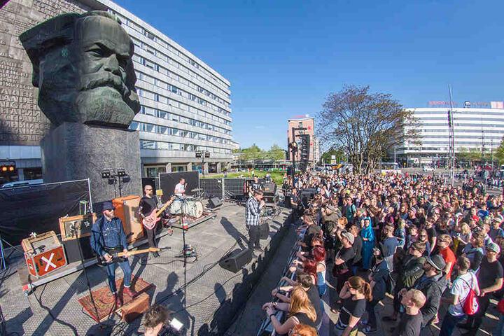 "Rockten am ""Kopp"": Die Punkrockband Turbostaat aus Flensburg."