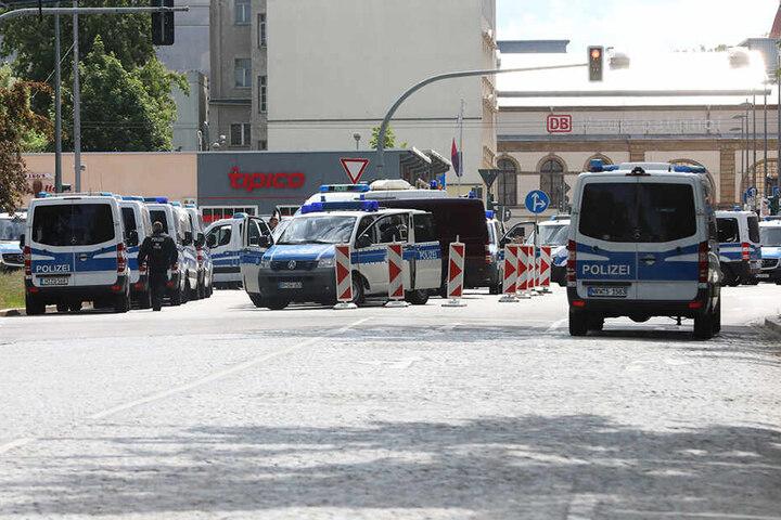 Das Polizeiaufgebot am Hauptbahnhof.