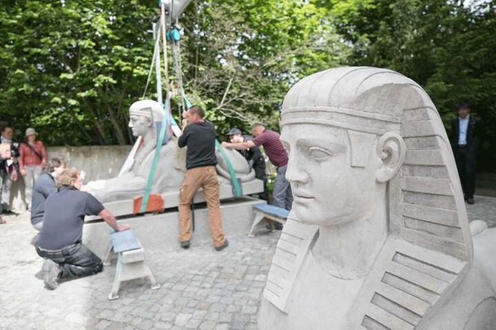 Sie Skulpturen stehen jetzt vor dem Logenhaus auf der Tolkewitzer Straße.