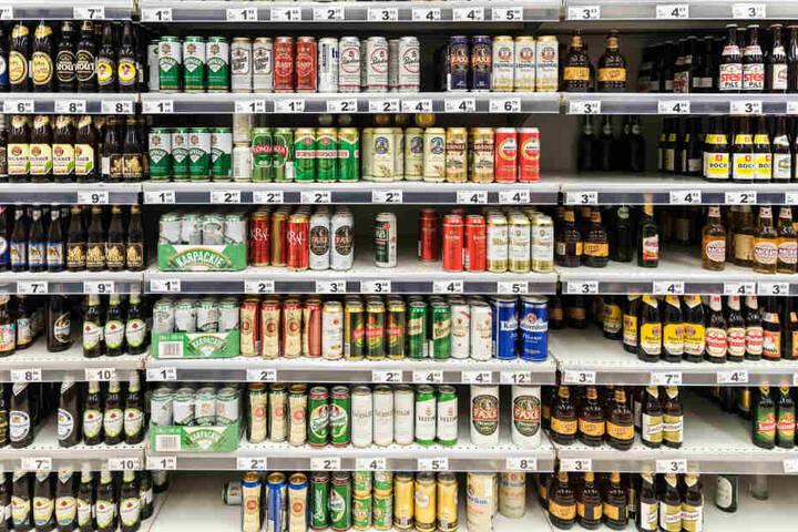 In den vergangenen Tagen gab es mehrere Einbrüche in Getränkemärkte in Westsachsen. (Symbolbild)
