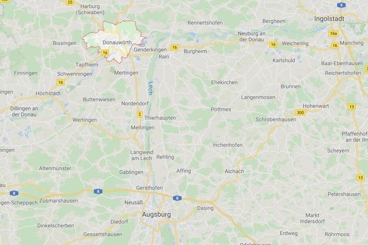 Ein Familienstreit ist am Bahnhof in Donauwörth in Bayern aus dem Ruder gelaufen.