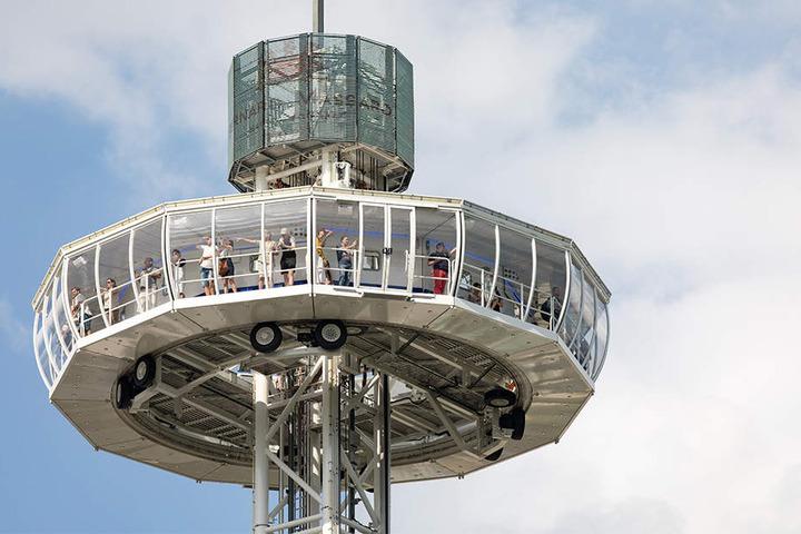 Sensationelle Aussichten zum Stadtfestjubiläum: Der City Skyliner ist der weltgrößte mobile Aussichtsturm.