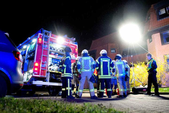 Die Brandenburger Feuerwehr war in der Montagnacht im Dauereinsatz. (Symbolbild)