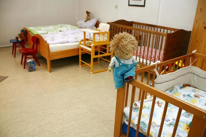 Ein Bett auf Zeit: Immer mehr Kinder und Jugendliche finden Obhut beim  Notdienst.