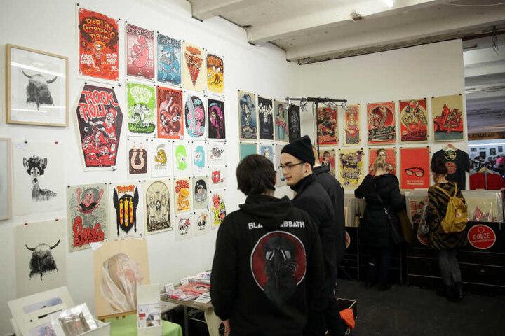 Bereits zum zehnten Mal sind über 80 nationale und internationale Grafiker, Illustratoren, Street-Artists, Gig-Poster-Gestalter, Siebdrucker und Künstler eingeladen.