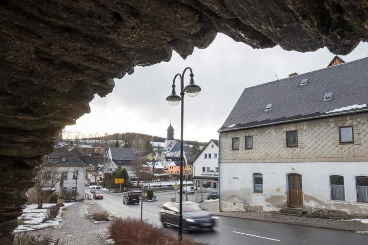 In Grünhain-Beierfeld geht die Angst vor dem mutmaßlichen Kinderschänder um.