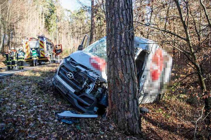 Bisher ist nichts zur genauen Unfallursache bekannt.