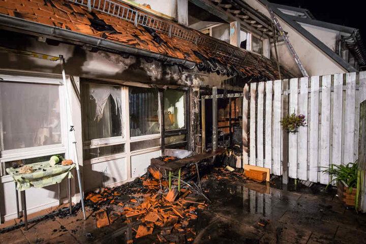 Weitere Anwohner mussten verletzt in ein Krankenhaus gebracht werden.