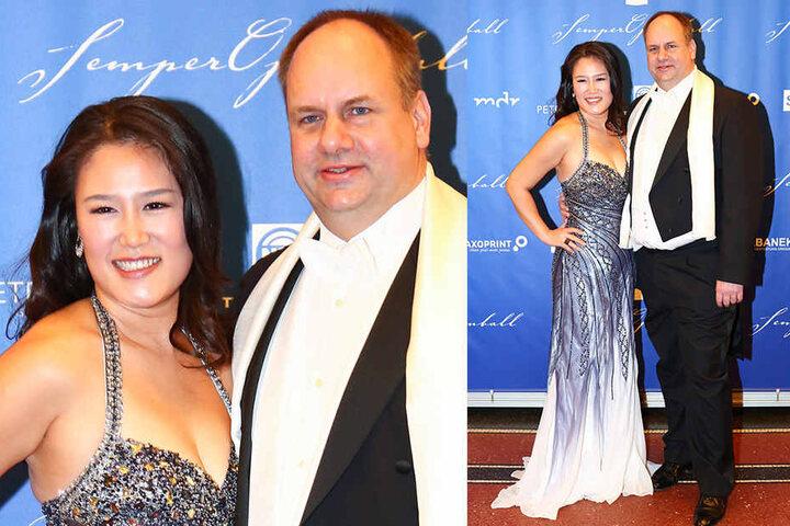 OB Dirk Hilbert (46) mit seiner Frau Su Yeon (36). Sie hatte sich das Kleid von einer Freundin geliehen.