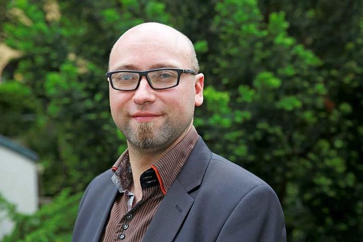 SPD-Vorstand Michael Krüger (37) hatte die Lokalpolitikerin in einer Facebook-Kommentarspalte aufs Korn genommen.