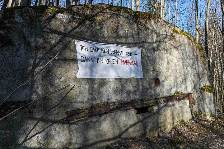 Dahinter lagerten in den 80-er Jahren Atomsprengköpfe: So sieht der verschüttete Geheim-Bunker der Sowjets heute aus.
