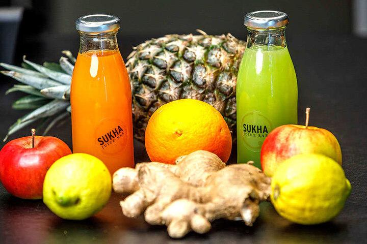 Jede Menge Gemüse und Obst zum Trinken: Bis zu 500 Gramm davon stecken in einer kleiner Flasche.