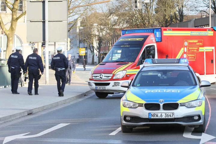 Die Beamten der Polizeiwache Enger übernehmen die Ermittlungen des Unfalls.