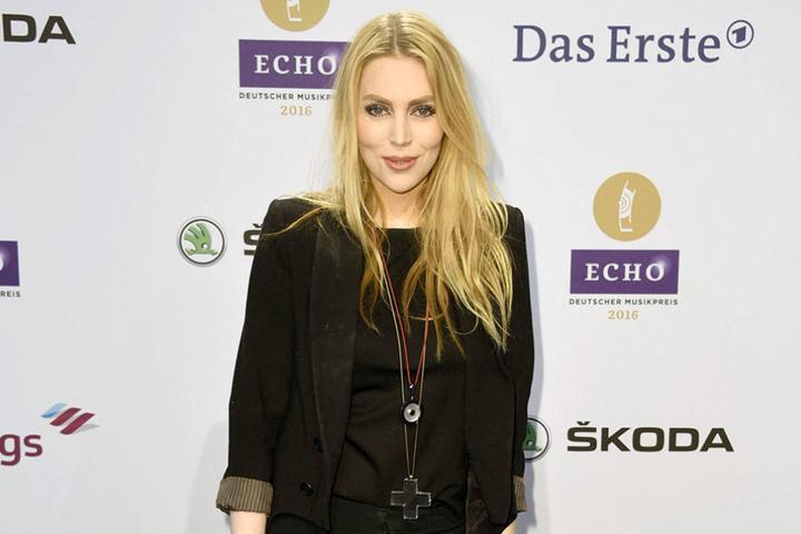 Die Sängerin Alexa Feser (36) unterstützt die Hope Gala beim Bühnenprogramm.