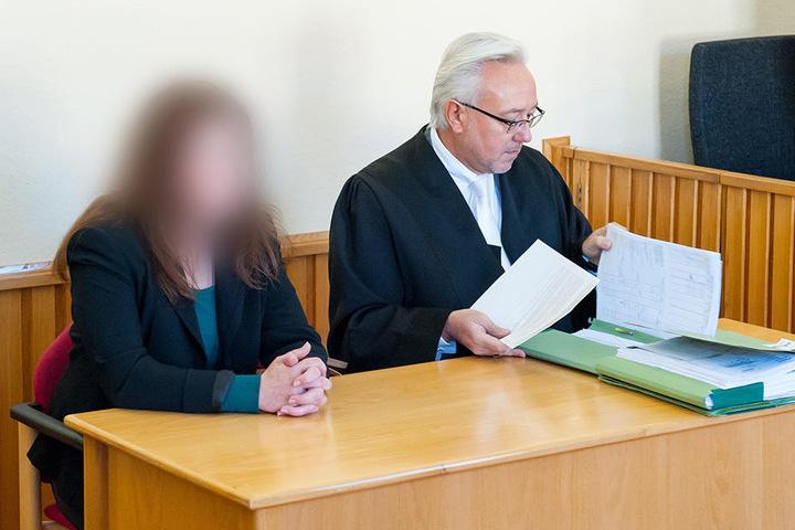 Nathalies Mutter muss sich vor Gericht wegen dem Gebrauch einer falschen Arbeitsunfähigkeitsbescheinigung verantworten.
