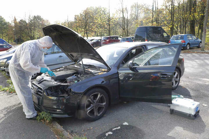 Bei drei Audis verschwanden auch die Scheinwerfer.