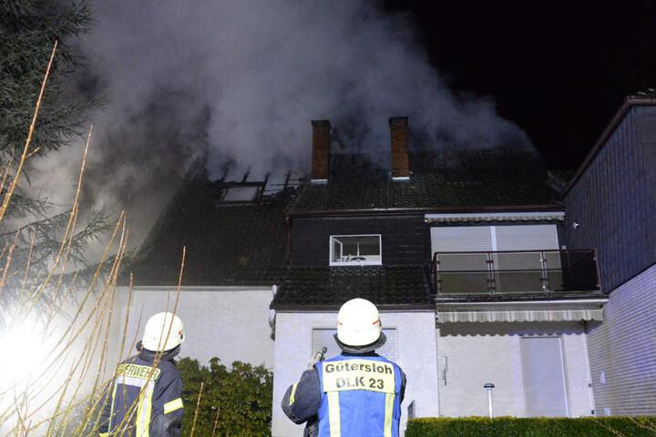Die Ursache für das Feuer ist bislang unklar.