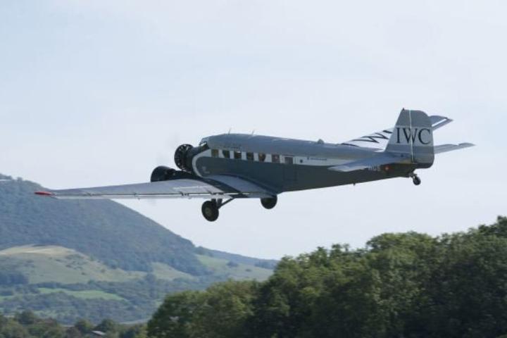 Mit einer Junkers Ju-52 wie dieser waren die 20 Passagiere in der Luft, als das Unglück passierte. (Symbolbild)
