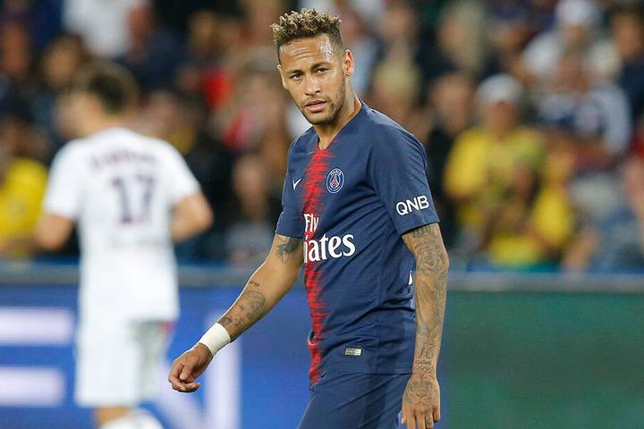 Neymar will weg aus Paris - der mögliche Transfer ist eine Hängepartie sondergleichen.