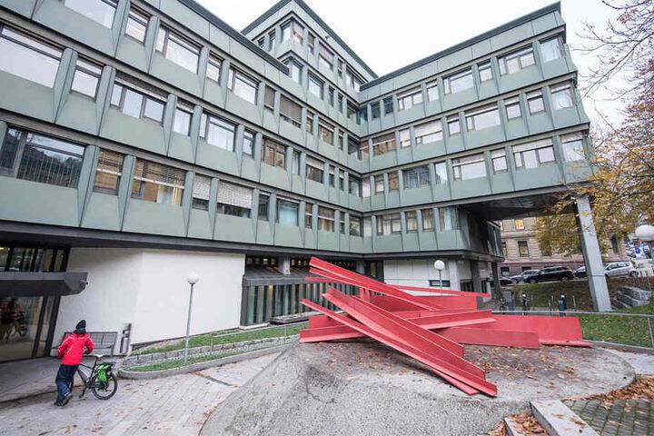Der Prozess findet am Oberlandesgericht in Stuttgart statt.