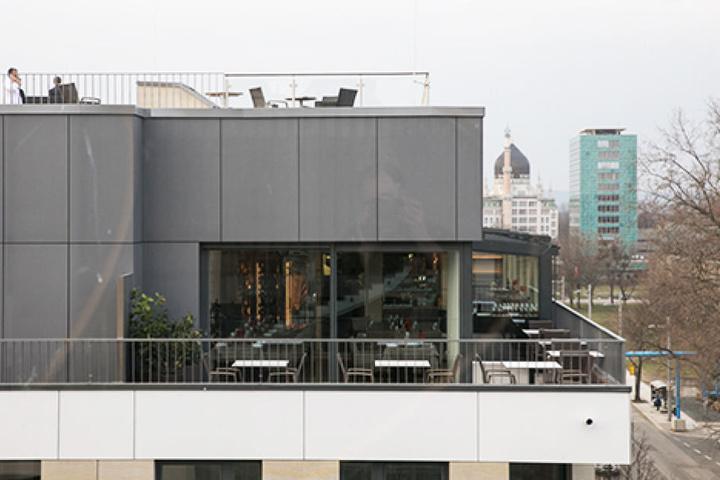 Von Terrasse und Dachgarten aus haben die Clubmitglieder einen fantastischen  Blick - nicht nur auf den Zwinger.