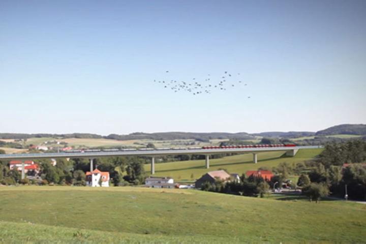 Die neue Zugstrecke Dresden - Prag soll durchs Osterzgebirge führen. Hier die Trasse über das Bahratal.