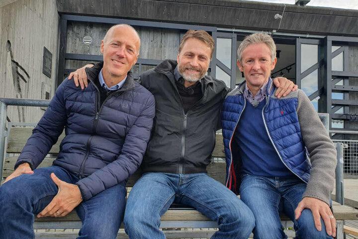 Versöhnte Rivalen: Die ehemaligen Skispringer Lasse Ottesen (45), Espen Bedesen (51) und Jens Weißflog (55) trafen sich an der Schanze in Lillehammer.