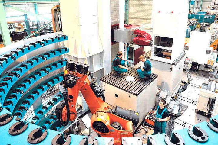 Arbeitsalltag in besseren Zeiten: Für einen Großdiesel-Motorenhersteller aus Sachsen-Anhalt war diese Union-Bohr-Maschine vom Typ PCR 160 bestimmt.