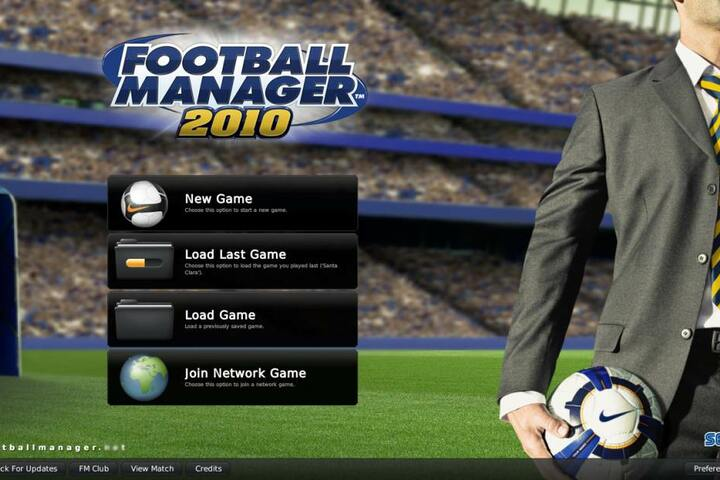 """""""Football Manager 2010"""" zockte der Brite 170 Stunden lang. Das schafft bisher noch niemand vor ihm. Er trainierte dabei Vereine wie Real Madrid, FC Barcelona oder Oxford United."""